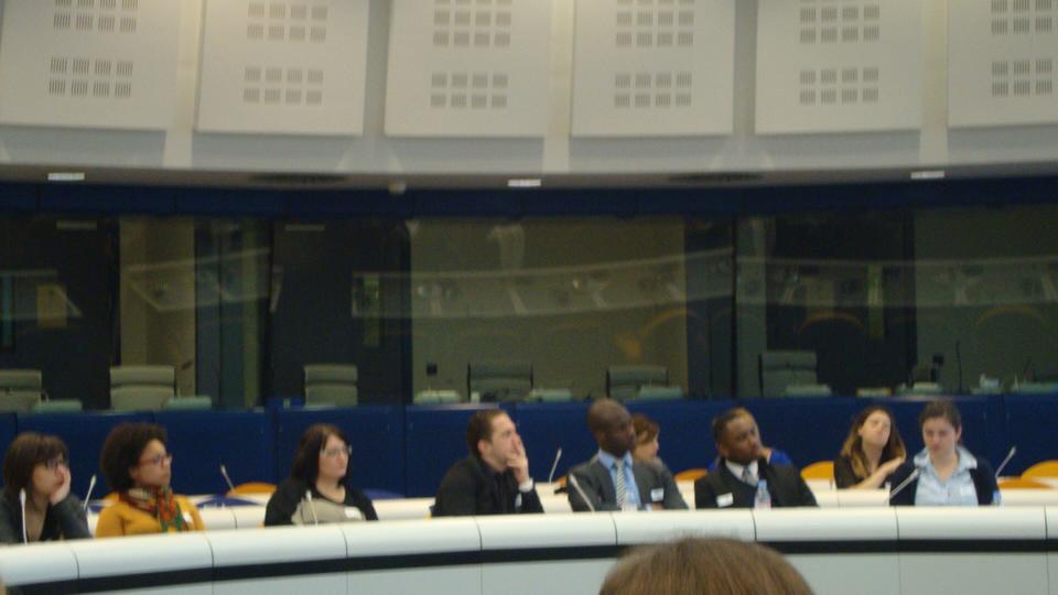Promotion à Bruxelles, salle de la commission