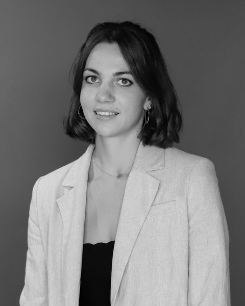 Léa DELHOMMEAU